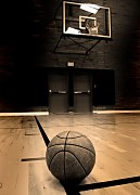 Basketball on court - fototapeta FM0553