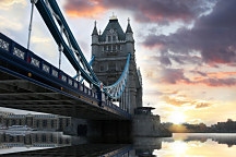 Fototapeta Mestá - Tower Bridge Londýn 358